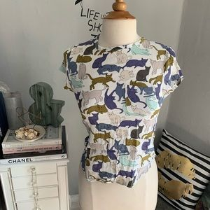 H&M// cat shirt size 2